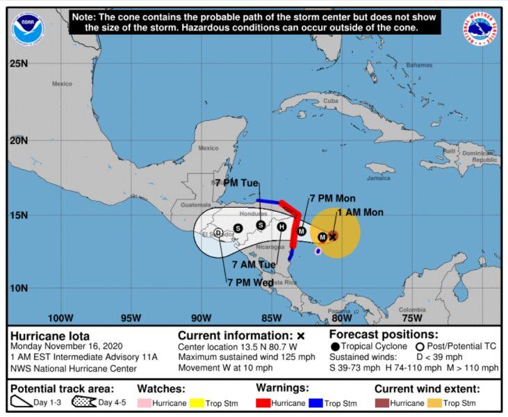 Prognozowana trasa huraganu Iota (NHC/NOAA)