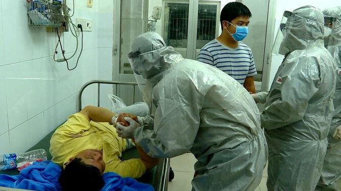 Śmiertelne żniwo koronawirusa rośnie. <br />Zmarło już 25 osób